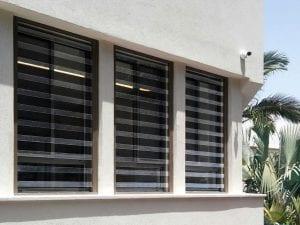 סורגים שקופים לחלון