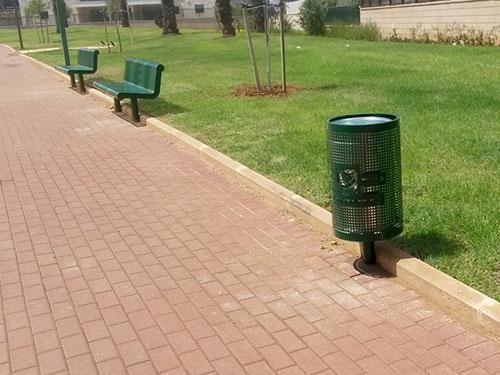 GreenPublicBin_Park