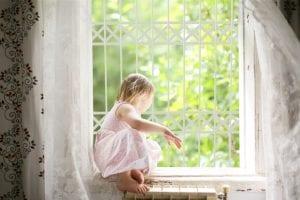 סורגים לחלון במגוון צבעים