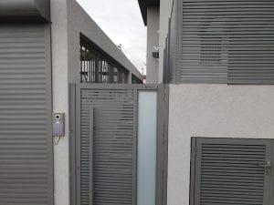 דלת שער ברזל