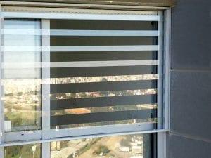 סורגים שקופים לחלונות