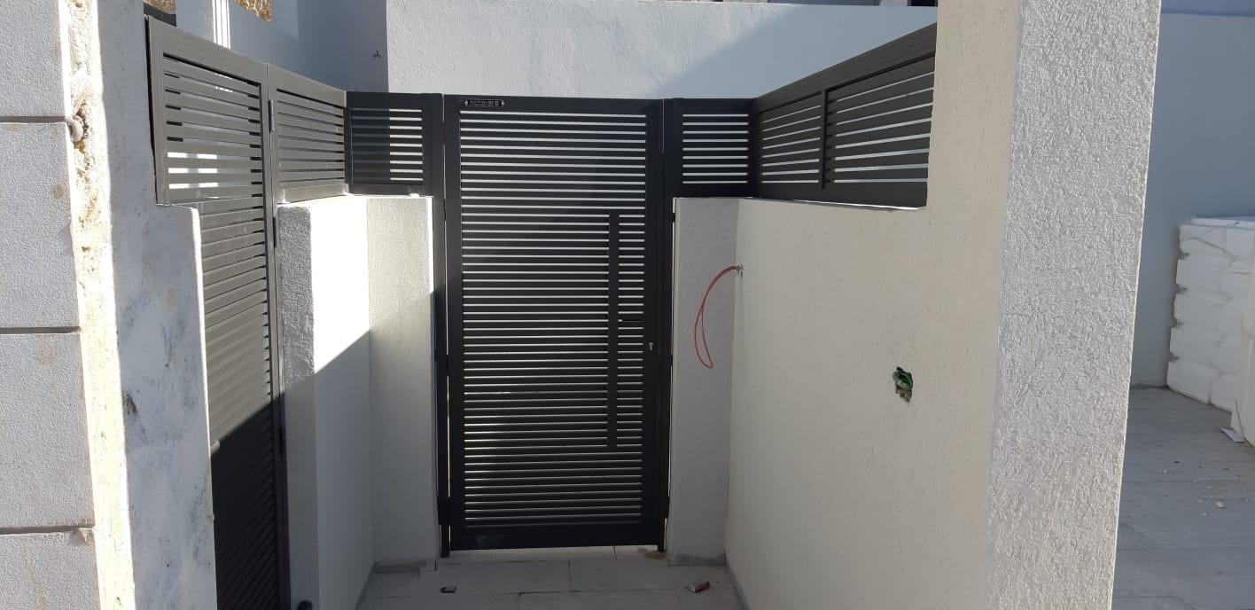 שער כניסה מאלומיניום