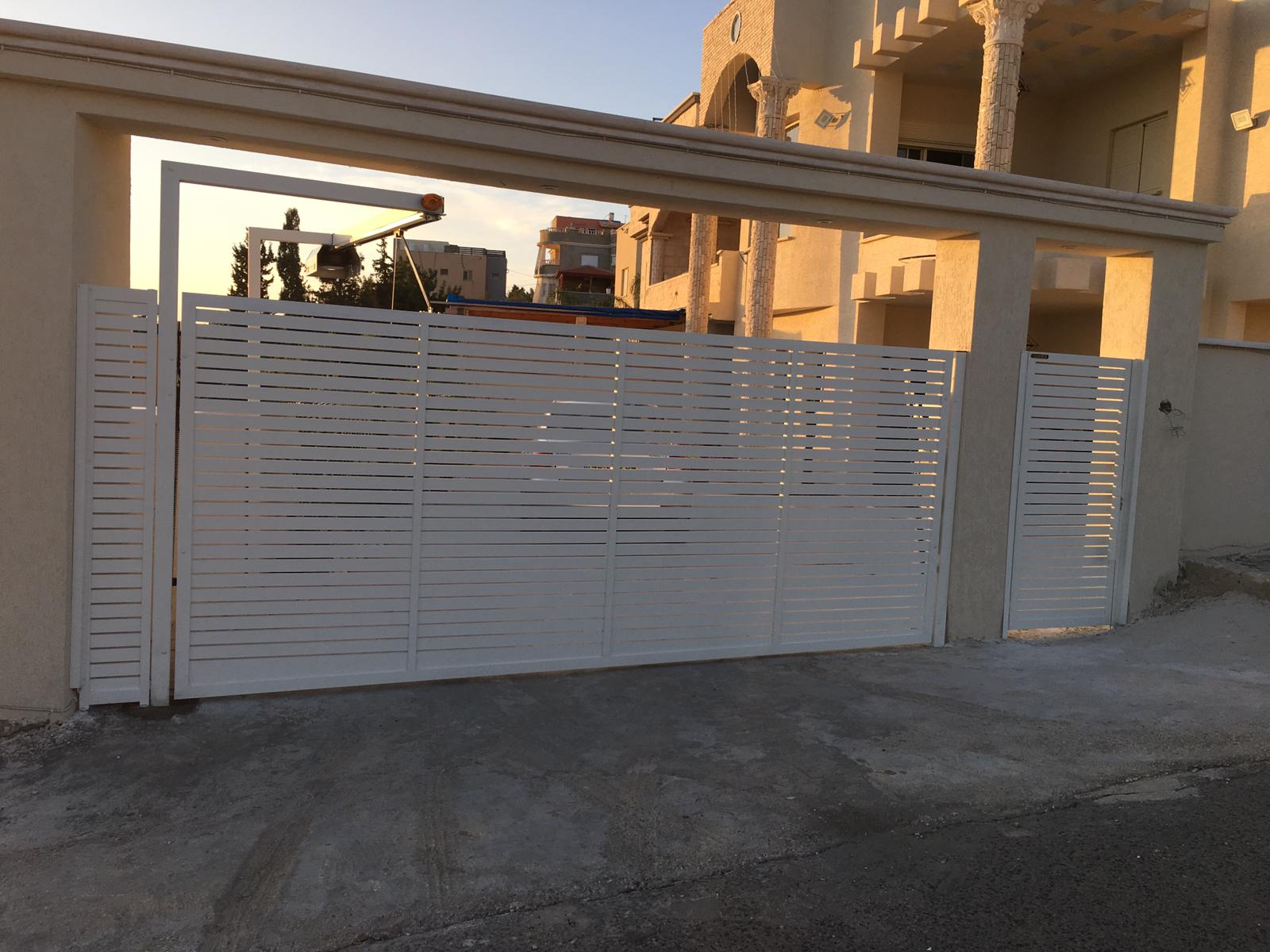 שער חשמלי לבית פרטי