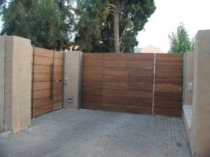 שערים מעץ