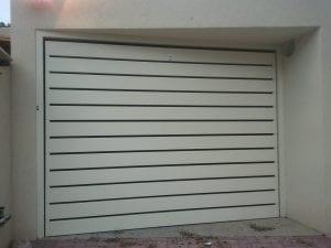 דלת חנייה