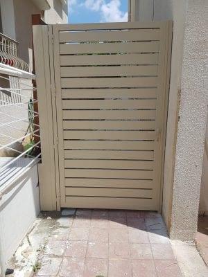 דלת פשפש