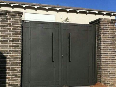 שער כניסה כחלק מעיצוב הבית