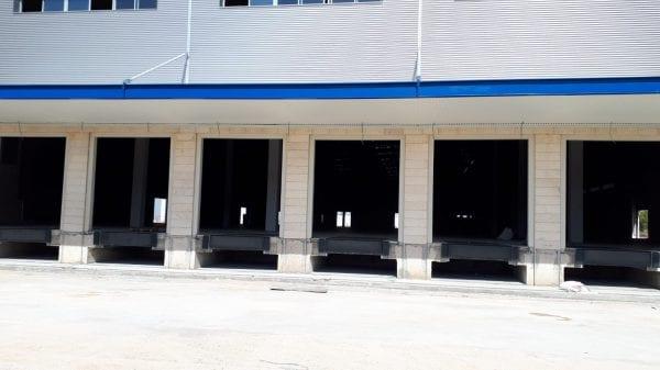 מרכזים לוגיסטיים - הקמה וביצוע של מרכזים לוגיסטיים