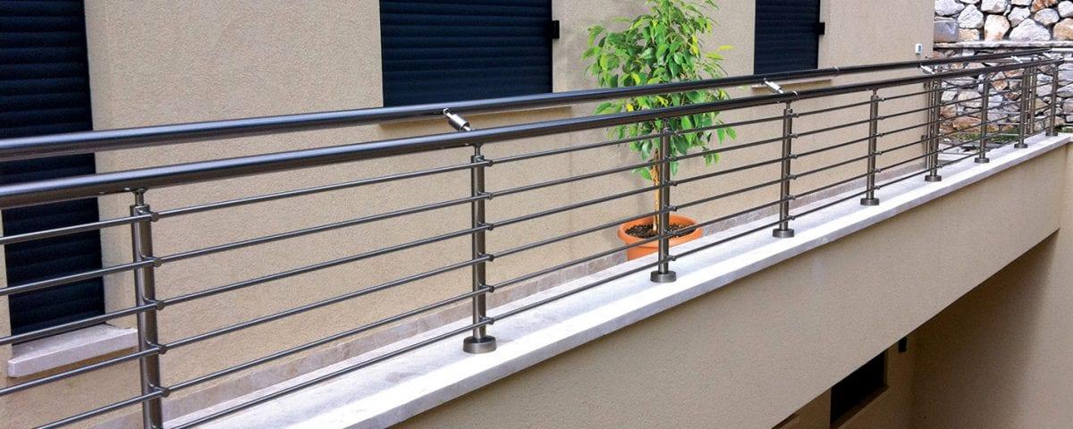 מעקות ברזל לבית או למרפסת