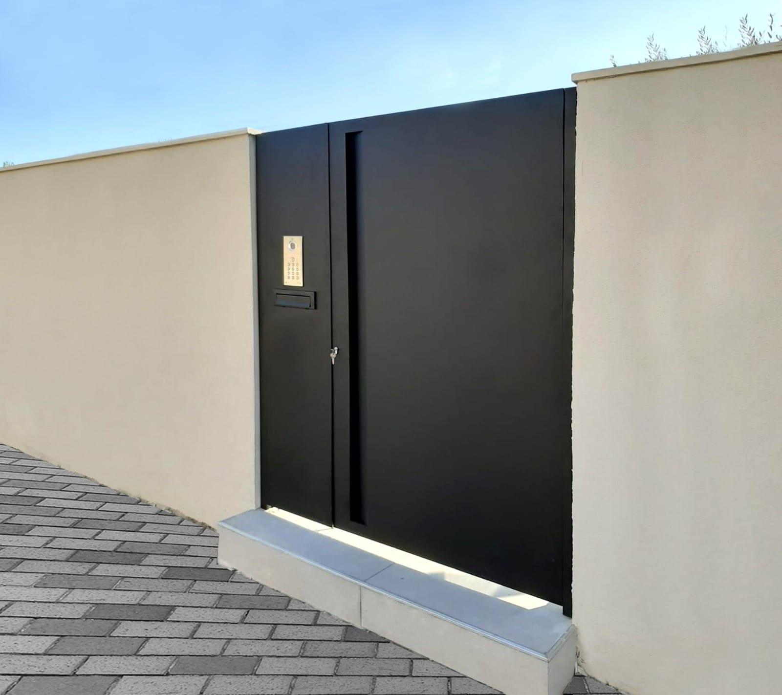 דלת שער מאלומיניום - טרלידור