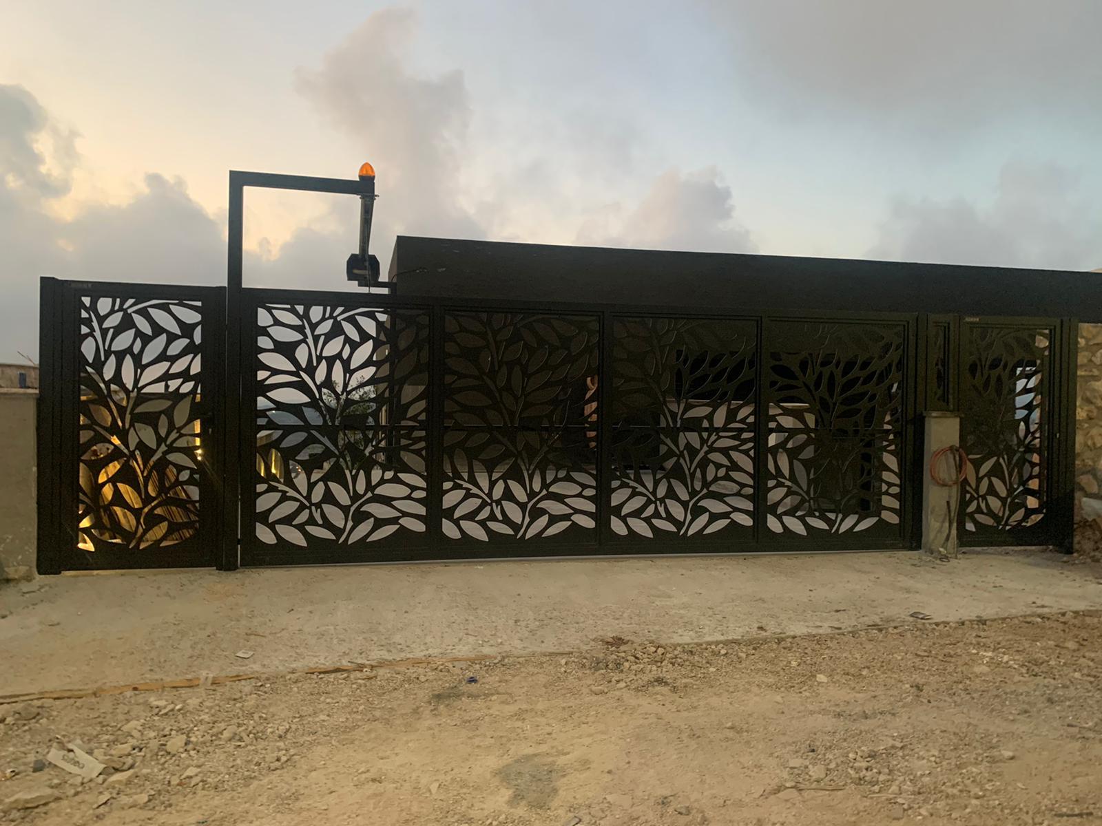 שער אלומיניום - שערים לבית